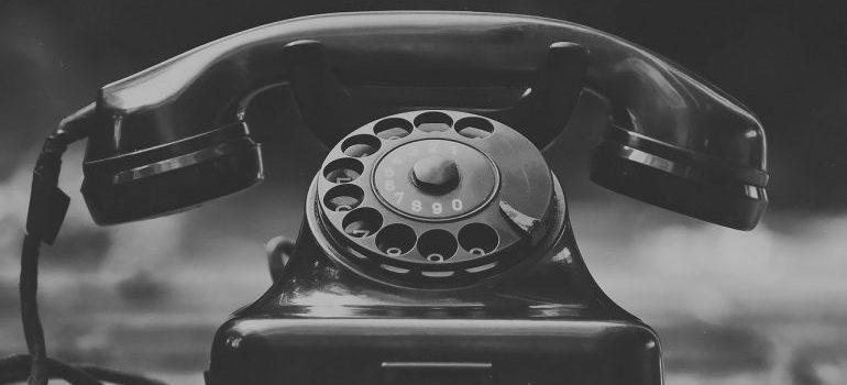 A black telephone.