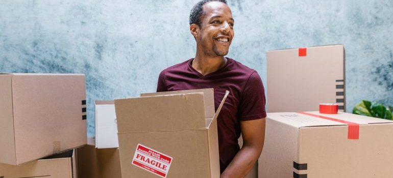 lauderdale lakes movers moving fragile items